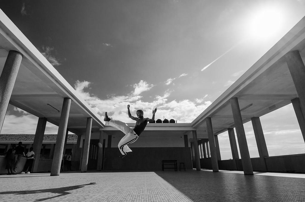 """2010-12 Beira - Grupo Capoeira """"Rei da Ginga"""" in the Escola Industrial."""