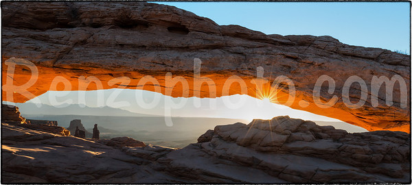 Mesa Arch, Canyonlands National Park at sunrise