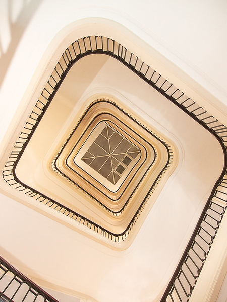 Escaliers de l'hôtel Cosmos, Contrexéville