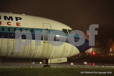 REPUBLICAN VICE PRESIDENTIAL CANDIDATE AIRPLANE SKIDS OFF RUNWAY AT LGA AIRPORT