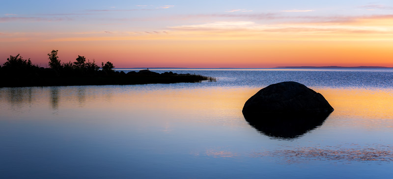 One Rock One Bird One Sunrise