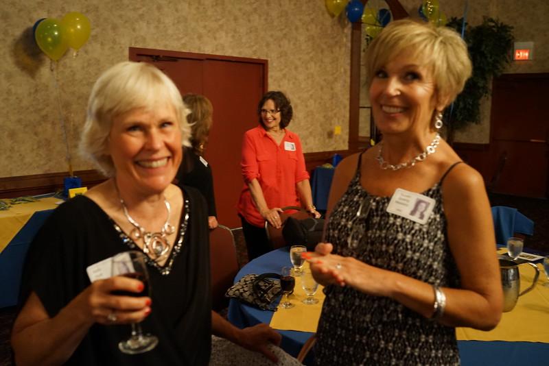 Joyce Nablo Bradley '70, Holly Hutt Kelly '70, Darlyne Kimball O'Callaghan '70, Susan Spang Massey '69