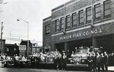 1938 building, (from L-R) Chief, Ambulance, Engine 2-A (1950 Mack), Engine 2 (1959 Mack). Credit to photographer.