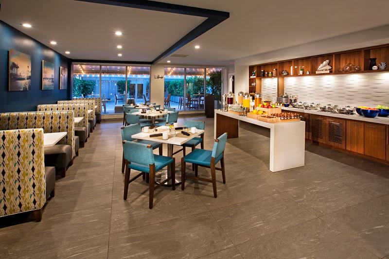 DT_HollywoodBeach_Dining_Port_South_Breakfast_Buffett