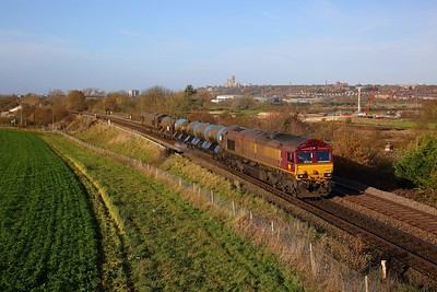 66207+66025 on the 3J41 Peterborough LIP to Doncaster Up Decoy RHTT at Washingborough, Lincoln on the 10th November 2018