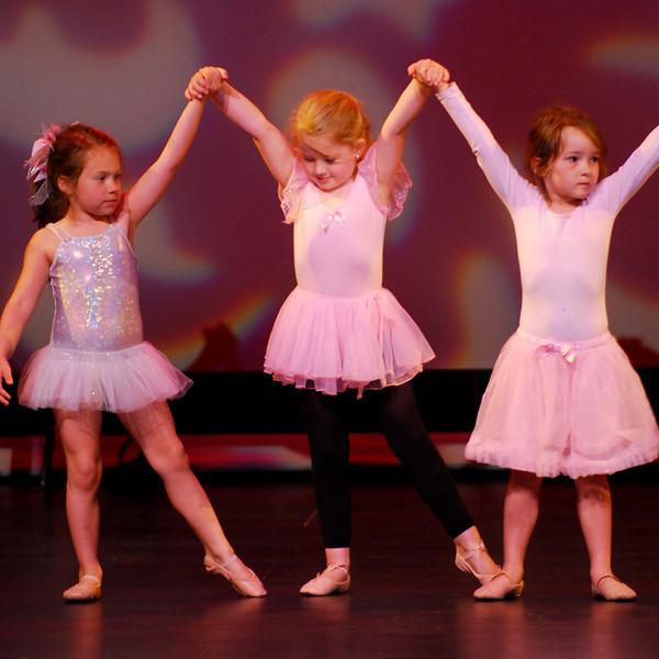 RHYTHM & SHOES DANCE STUDIO WEDNESDAY REHEARSALS