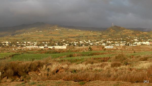 11/ point de vue sur la falaise (route des Tamarins)
