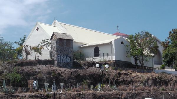 8/ port, église et plage de Saint-Gilles (11/2013)