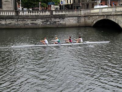 4 Girls In A Rowing Boat