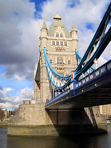 Two Towers Over The Thames