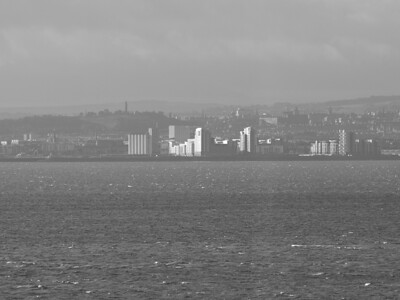 Black And White In Leith!