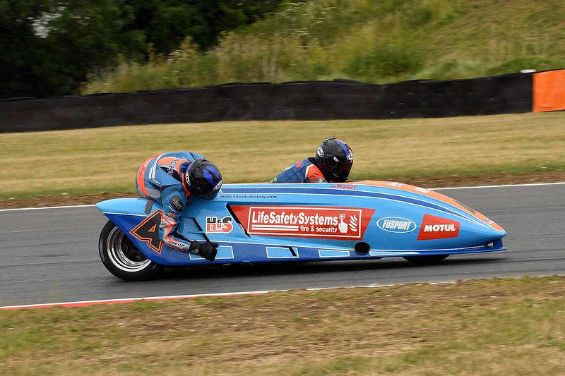 30 06 17 Snetterton BSB RKB sidecars free practice from Montreal (147)