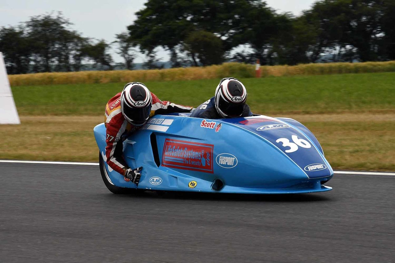 30 06 17 Snetterton BSB RKB sidecars free practice from Montreal (70)