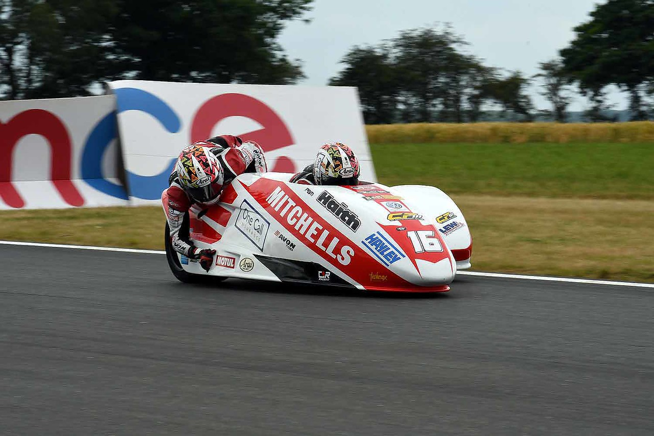 30 06 17 Snetterton BSB RKB sidecars free practice from Montreal (74)