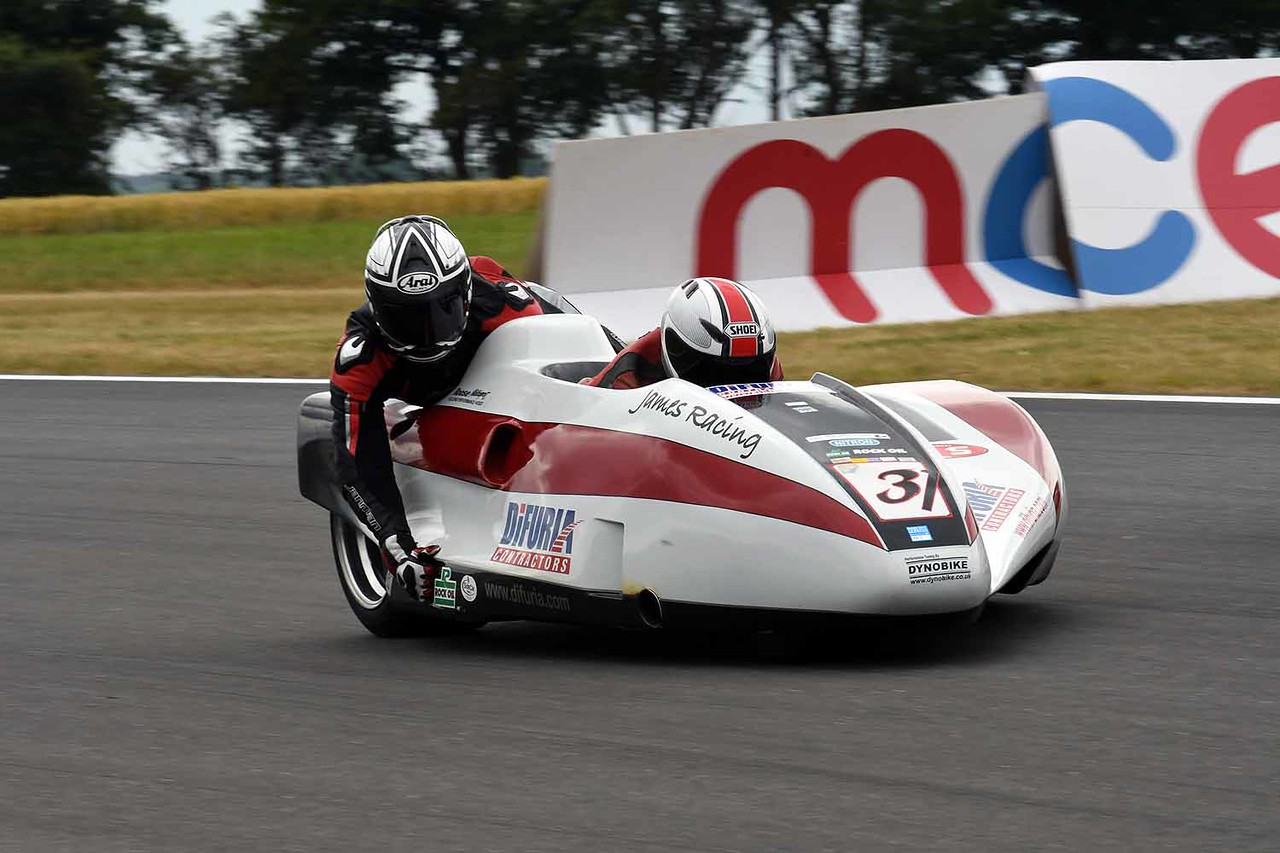 30 06 17 Snetterton BSB RKB sidecars free practice from Montreal (58)