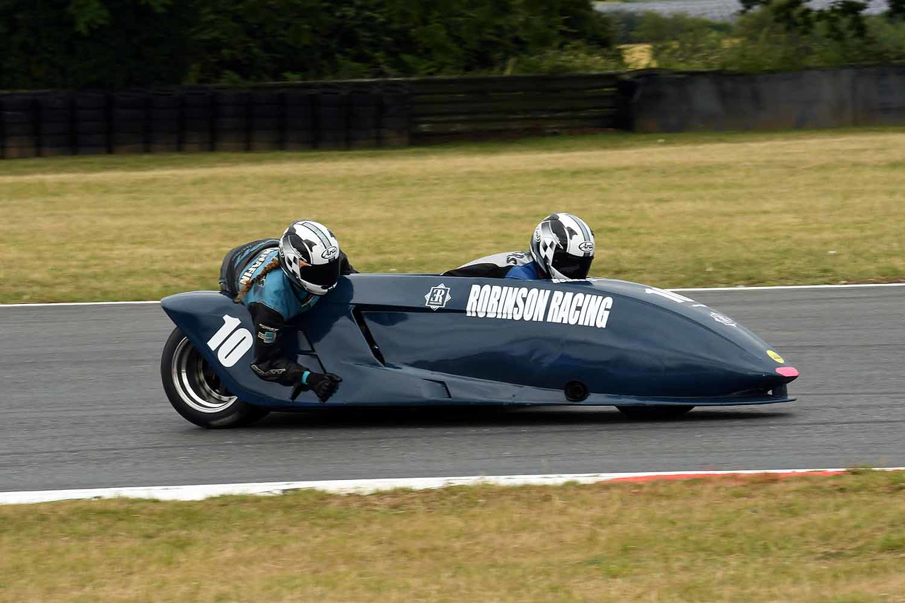 30 06 17 Snetterton BSB RKB sidecars free practice from Montreal (156)