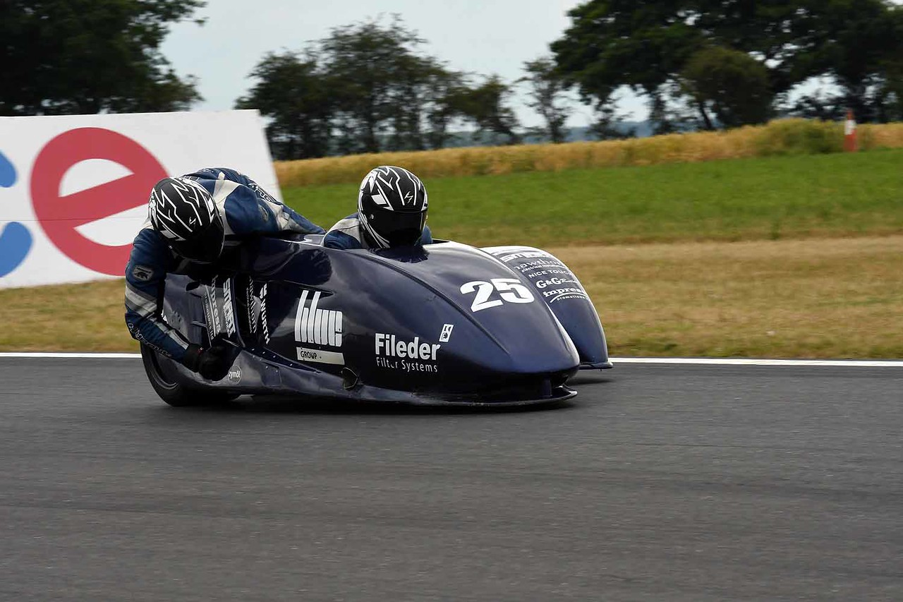 30 06 17 Snetterton BSB RKB sidecars free practice from Montreal (61)