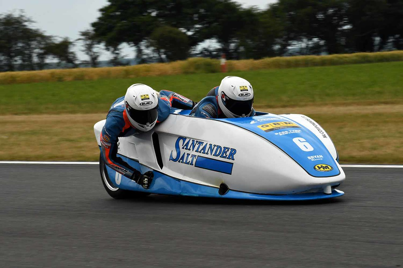 30 06 17 Snetterton BSB RKB sidecars free practice from Montreal (53)