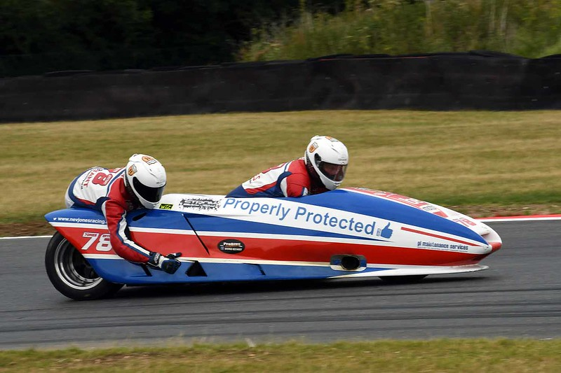 30 06 17 Snetterton BSB RKB sidecars free practice from Montreal (180)