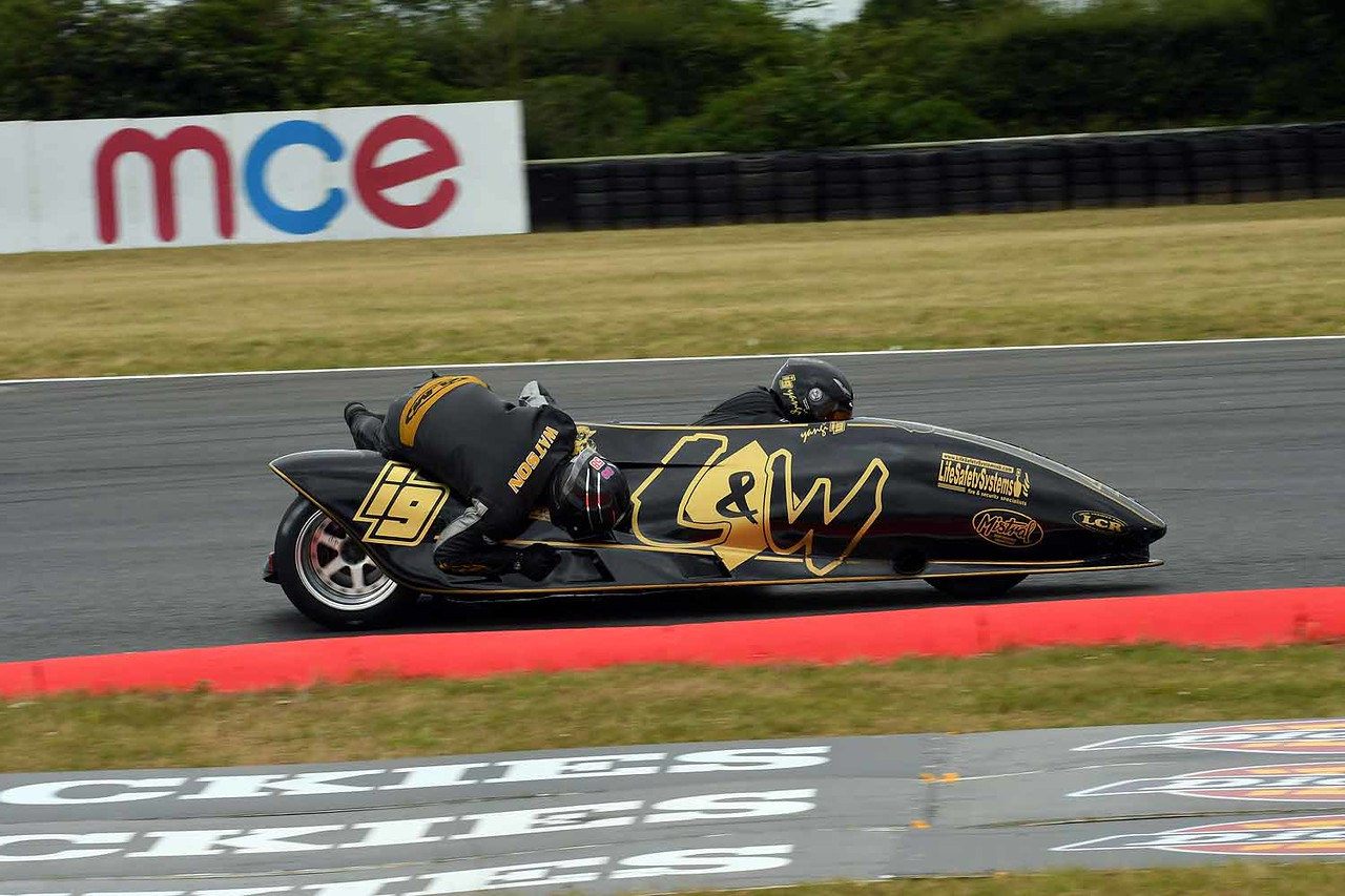 30 06 17 Snetterton BSB RKB sidecars free practice from Montreal (150)