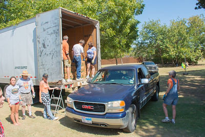 Pumpkin Patch Unloading 2014 (18 of 245)