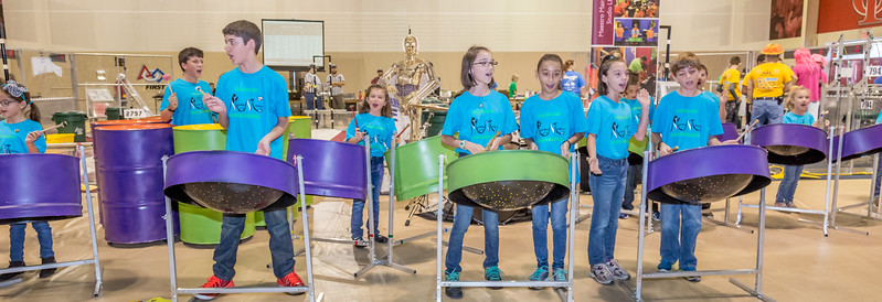 "Steel Drum ""Show Steelers"" Orchestra performance"