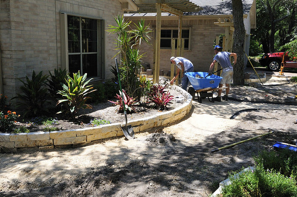 Vic and Jeff grading the front walk
