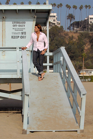 Exclusive--- Romain Chavent on Santa Monica beach,California.
