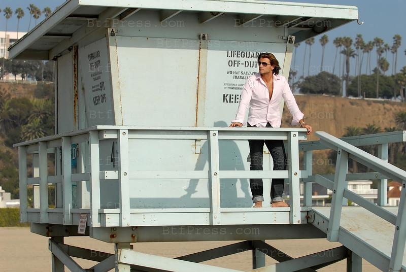 Exclusive--- Romain Chavent on Santa Monica beach,California.
