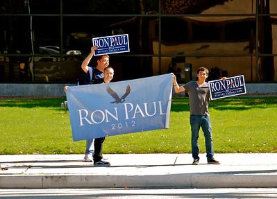 RON PAUL RALLY AT NBC STUDIOS