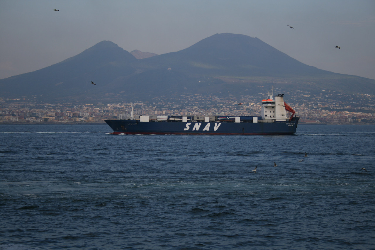 2010 - M/S CLIPPER RACER on route to Napoli.