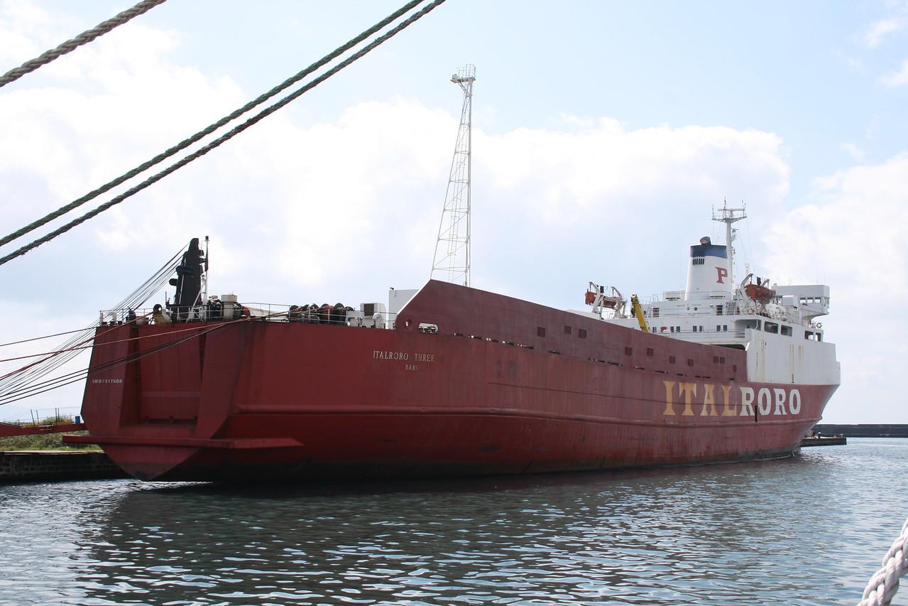 2008 - M/S ITALRORO THREE docked in Napoli due to manteinance works.