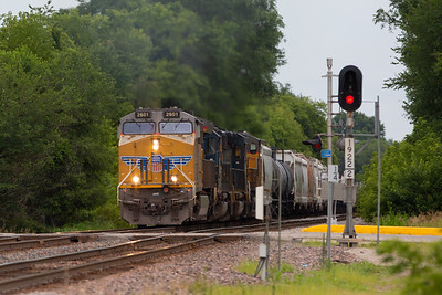 Image from North Dakota Avenue crossing on the Union Pacific line in Ames, Iowa on July 13, 2019. Photo © Wesley Winterink.