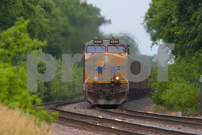 Image from Scholl Road crossing on the Union Pacific line in Ames, Iowa on June 30, 2019. Photo © Wesley Winterink.