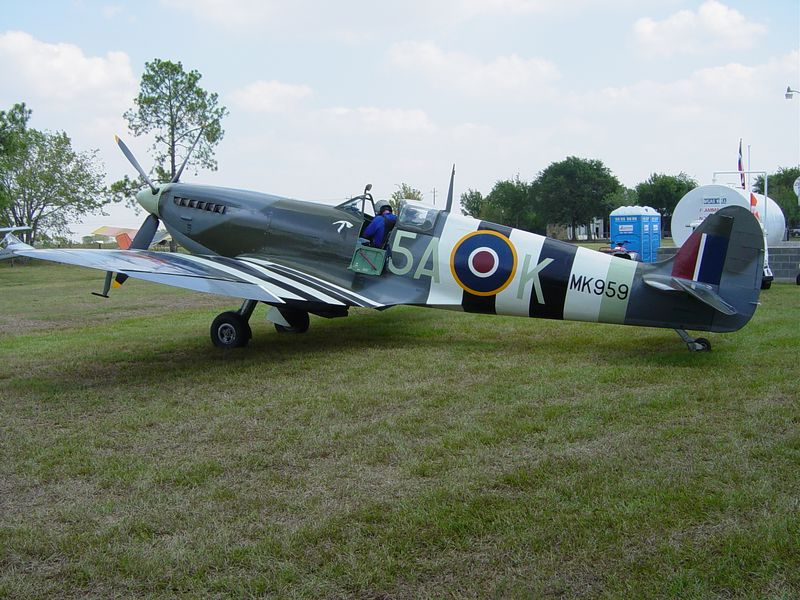 1943 Spitfire 10 year total rebuild by Ray Thompson of Covey Trails