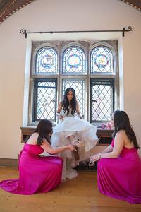 183_ReadyToGoPRODUCTIONS_New York_New Jersey_Wedding_Photographer_bridal prep_