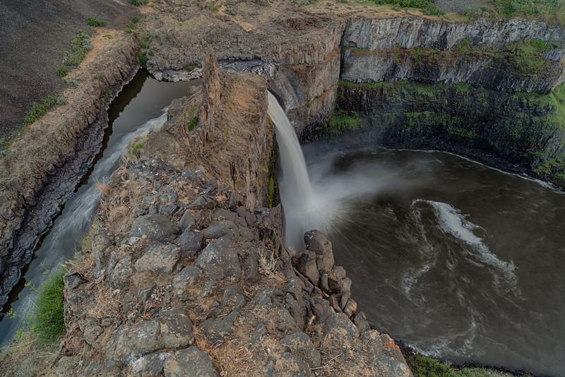 Vertigo - Palouse Falls State Park, WA