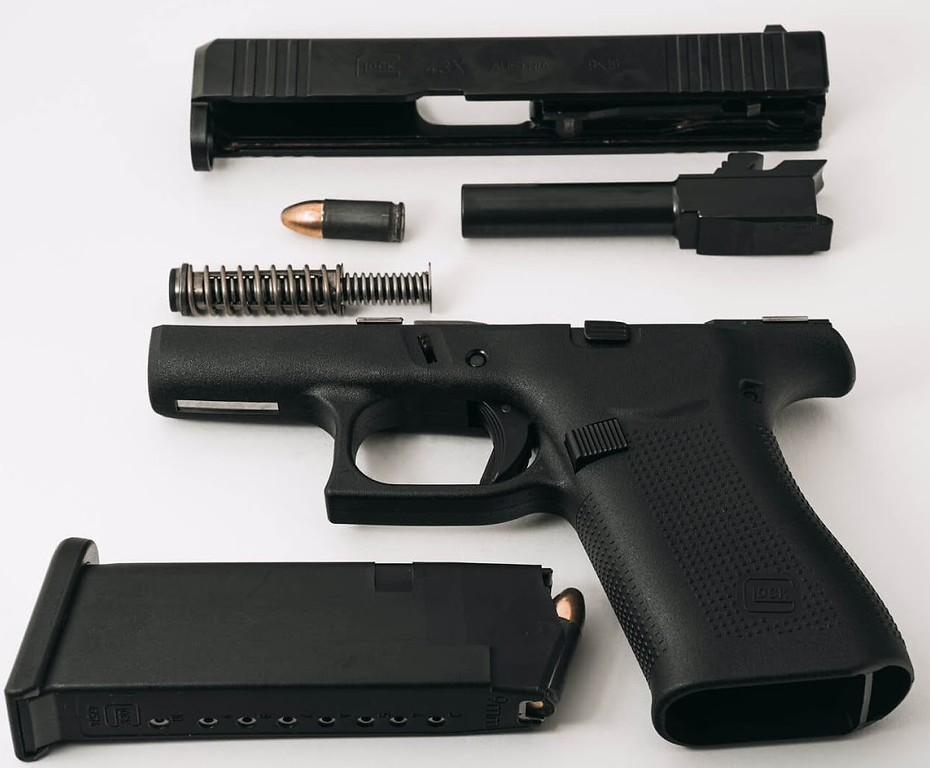 Best pistol for home defense Glock 19 G19