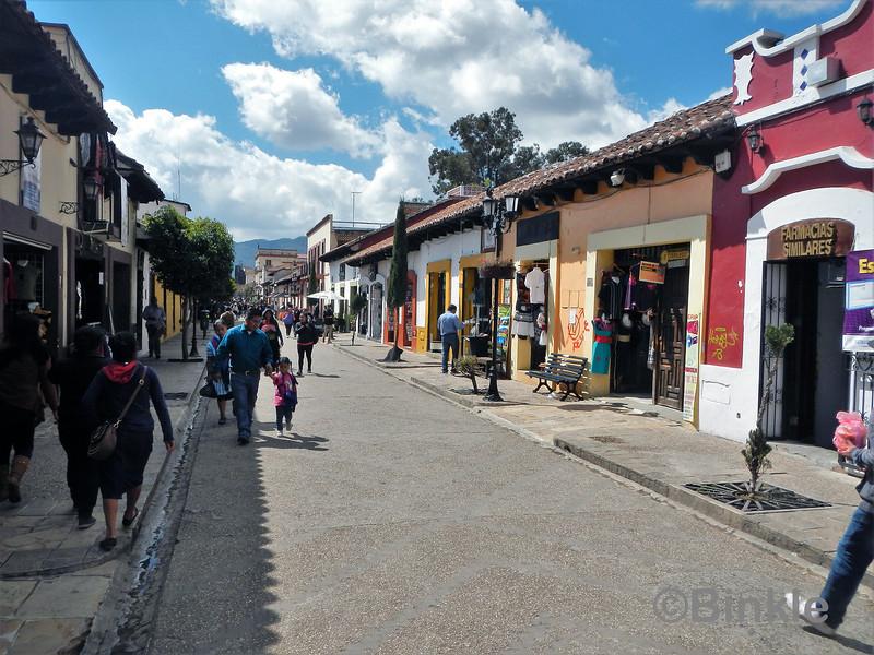 Fussgängerzone, San Cristóbal de las Casas<br /> Pedestrian zone, San Cristóbal de las Casas