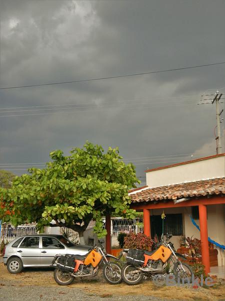 Stürmischer Himmel über San Pedro Tapanatepec<br /> Stormy sky over San Pedro Tapanatepec