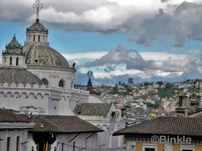 Dächer der Catedral Metropolitana de Quito<br /> Roofs of the Catedral Metropolitana de Quito