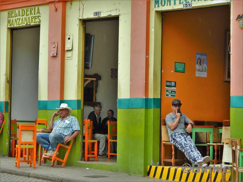 Kolumbianischer Zeitvertreib, Jardín<br /> Colombian past time, Jardín
