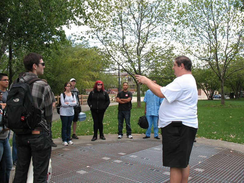 Our group convenes at the south end of Ronan Park, situated along the Chicago River's North Branch on the city's NW side. Mark Hauser, Education Director and urban naturalist with Friends of the Chicago River, explains the geography, history, and significance of the site with respect to the river.