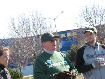 Planning/Operations Assoc VP Paul Matthews, RU's sustainability guru for its buildings, grounds, and operations, addresses the Soil Service Days crowd at 9am. Tom Shelton (right), Environmental Sustainability Associate and Transportation Director, looks on.