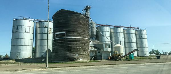 grain elevator MT IMG_6430
