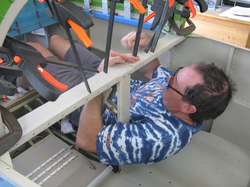 Not fun trying to squirm inside the canopy, but it is possible!