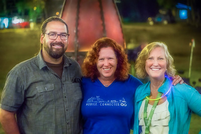 Chris and Cherie of Technomadia with Tami Rossignol