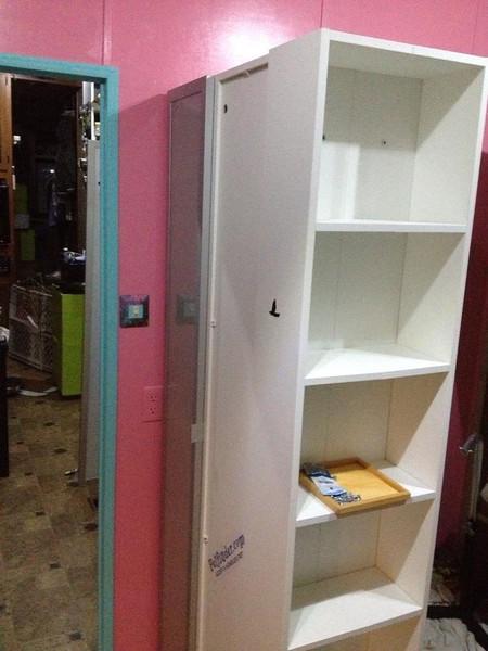 Sep.2013: fresh paint, new cabinets (Ikea Lillången series)
