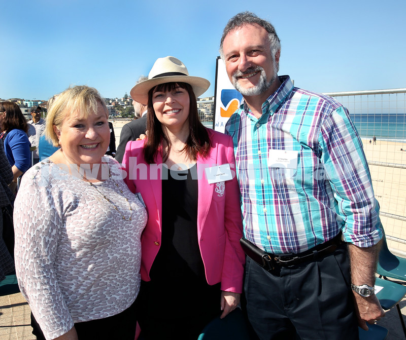Rabbi Dovid Slavin honour plaque at Bondi Beach. (from left) Bev Martin, Cr Angela Burrill, Cr Tony Kay. Pic Noel Kessel.