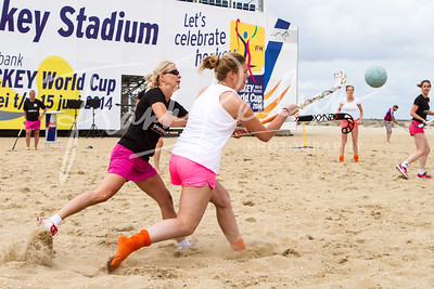 20140614_Beach_Hockey_FR-5291